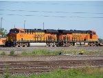 BNSF ES44C4s 6875 & 6726