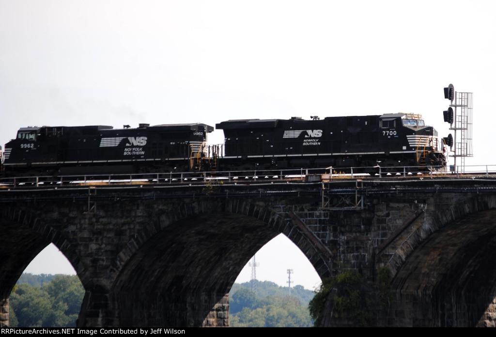 The bridge signal