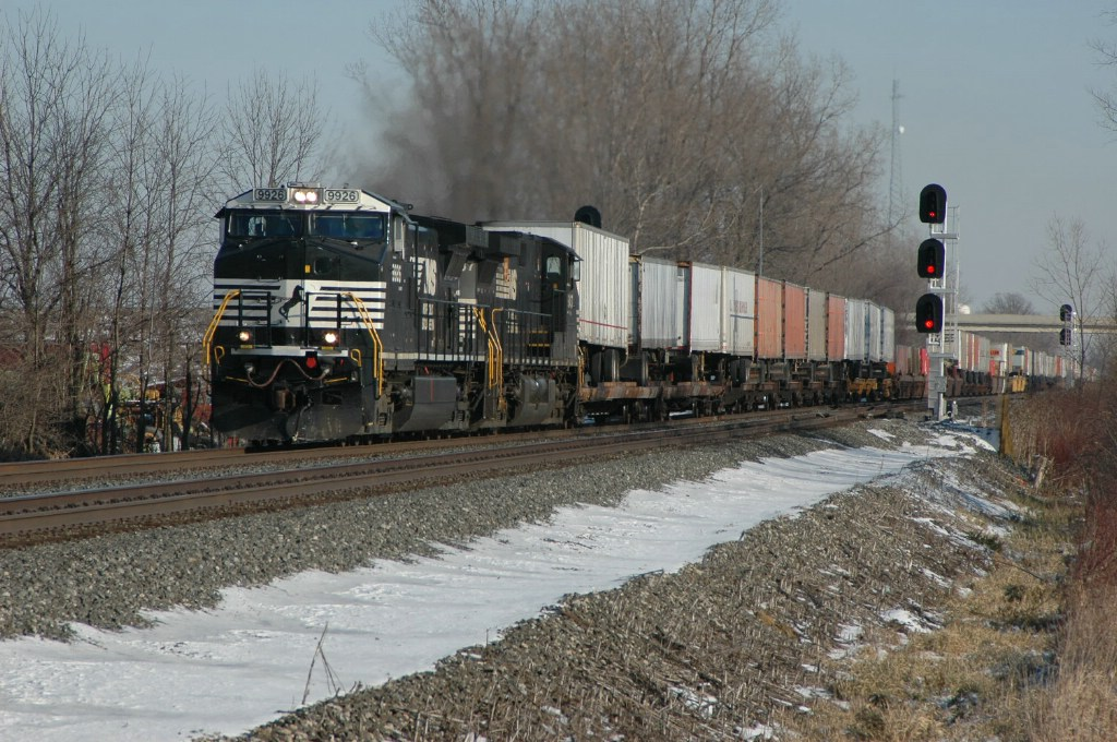 Westbound 21Z passes CP360