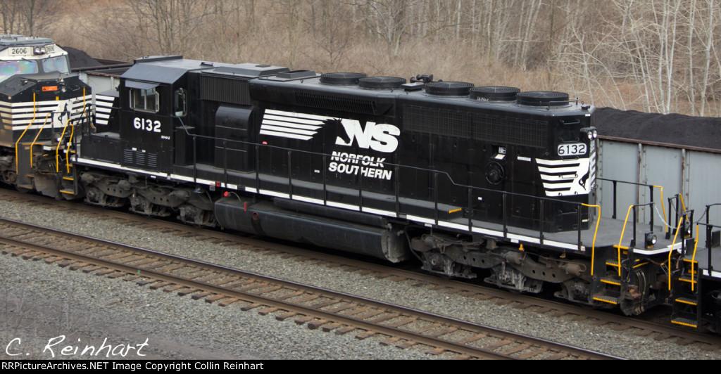 SD40-2 6132