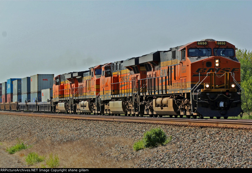 BNSF 6650 hauls more domestic stacks EB toward KC.