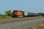 BNSF 7270 leads a wb corn syrup train.