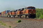 BNSF 7902 rips a eb stack with 4units up front and 2 dpu's.
