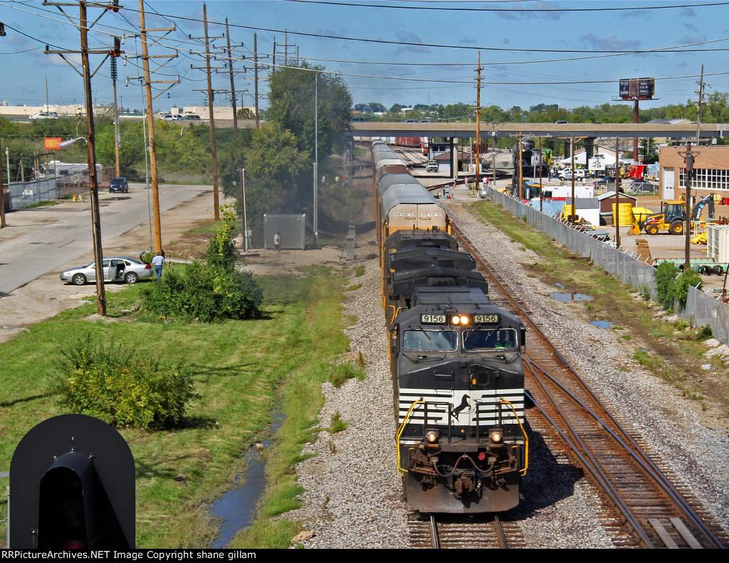 NS 9196 leads a eb auto train past the nkp 765