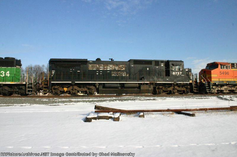 NS 8737