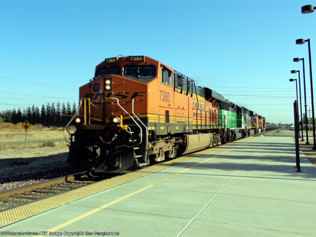 BNSF 7380
