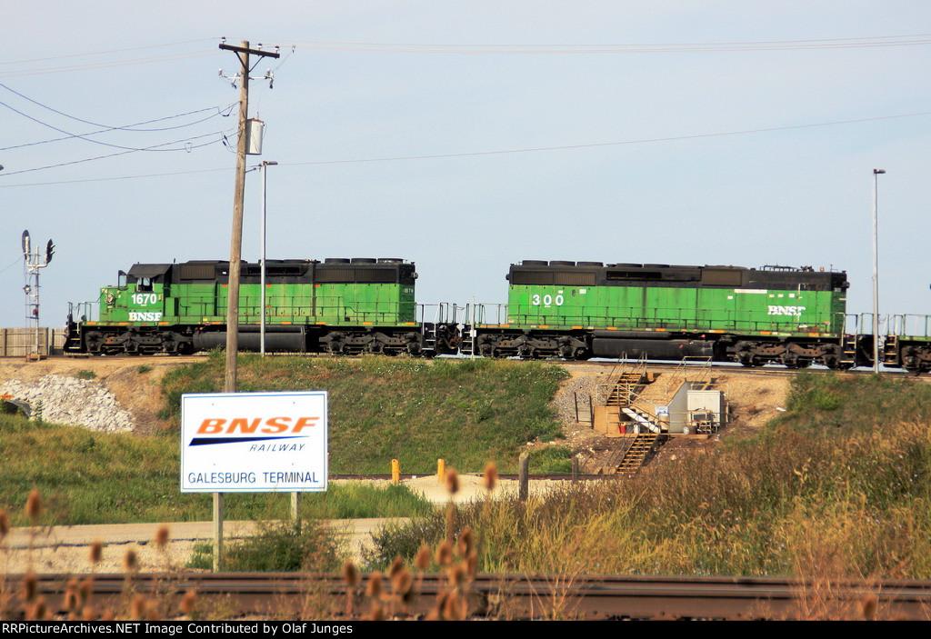 BNSF 1670