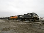NS 9199 and BNSF 5432
