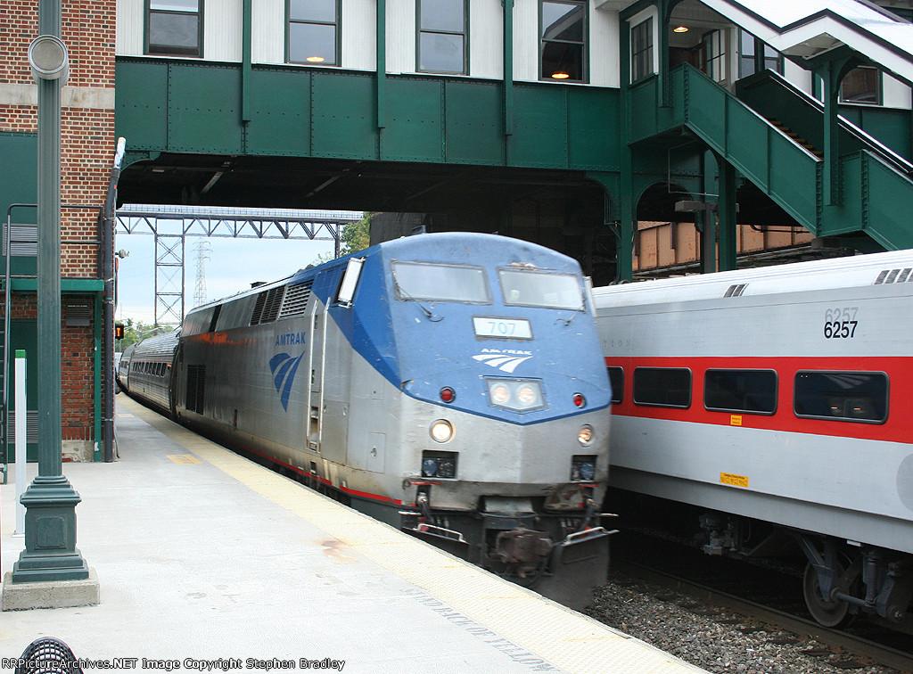 Amtrak train 292