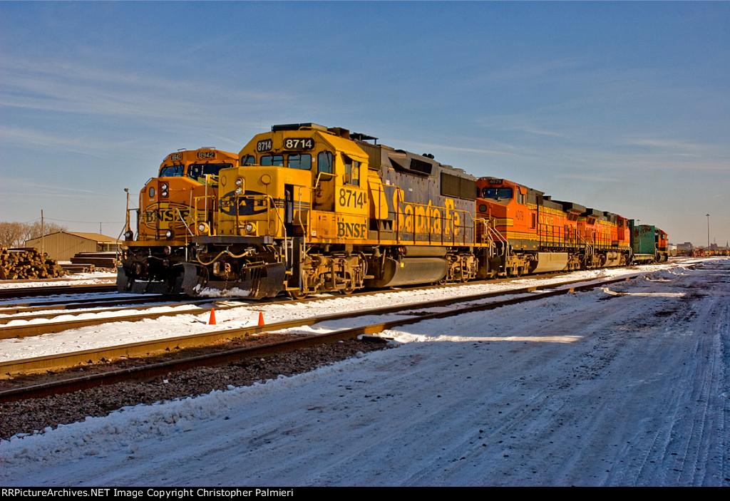 BNSF 8714