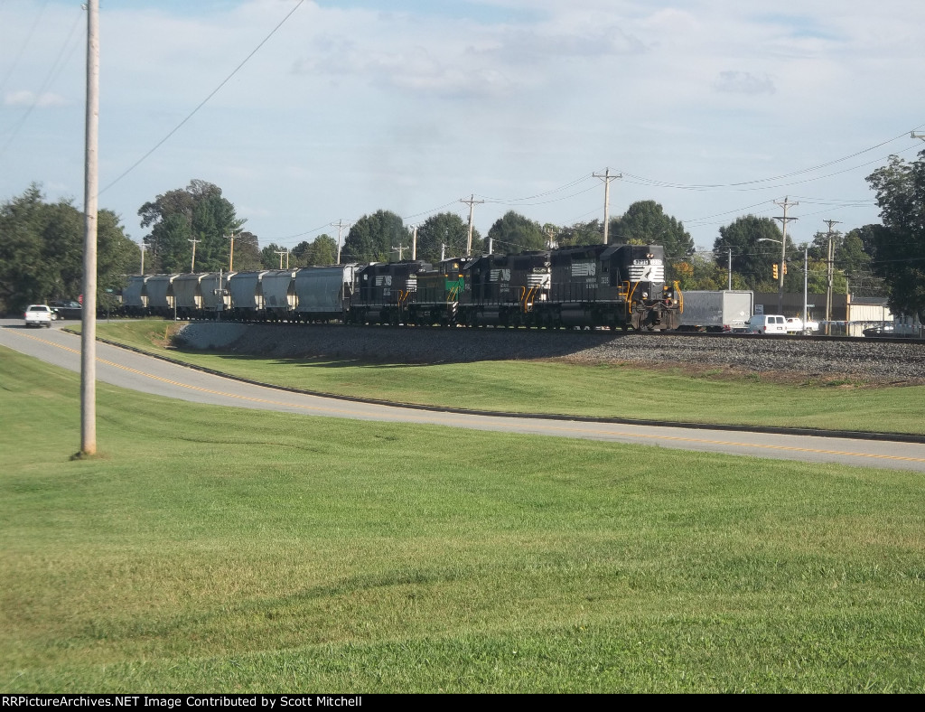 NS Train P61w/ARC 11
