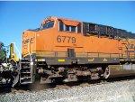 BNSF ES44C4 6779