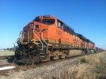 BNSF ES44DC 7500