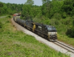 CSX and NS power on the same train