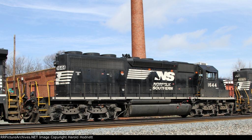 NS 1644