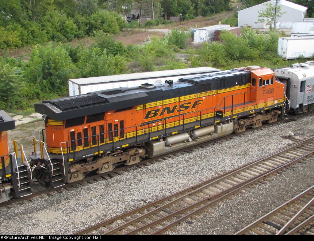 BNSF 7468