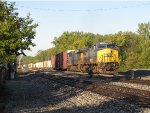 CSX 7357 & 966 ease their way into the yard on the west end Even Lead with Q326-14