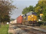 Just onto the double track, CSX 3009 leads Q326-28 east