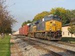 CSX 3009 & 5291 lead Q326-28 east through Grandville