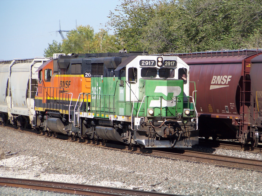 BNSF GP39E 2917