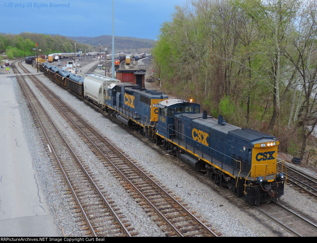 CSX 1181 and 2551 (4)