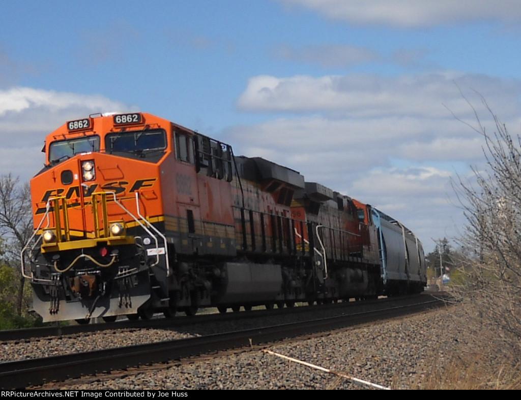 BNSF 6862 East