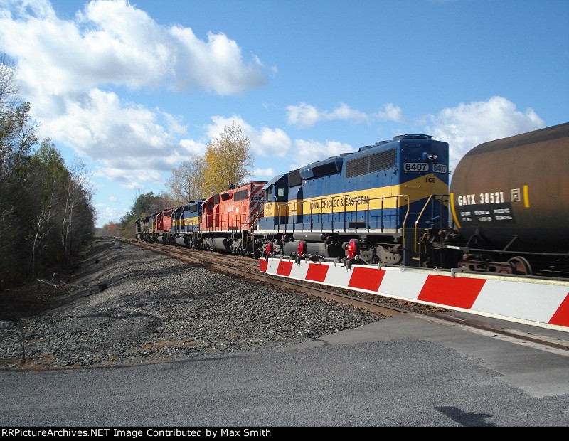 All 6 Locomotives on CSX Q627-15