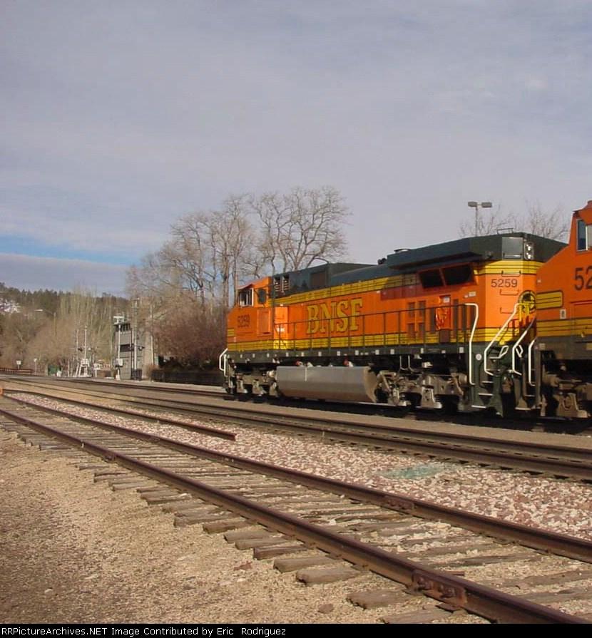 BNSF 5259