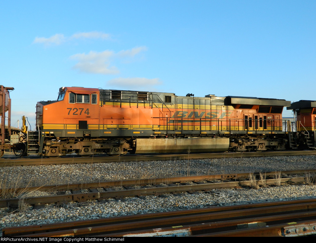 BNSF 7274