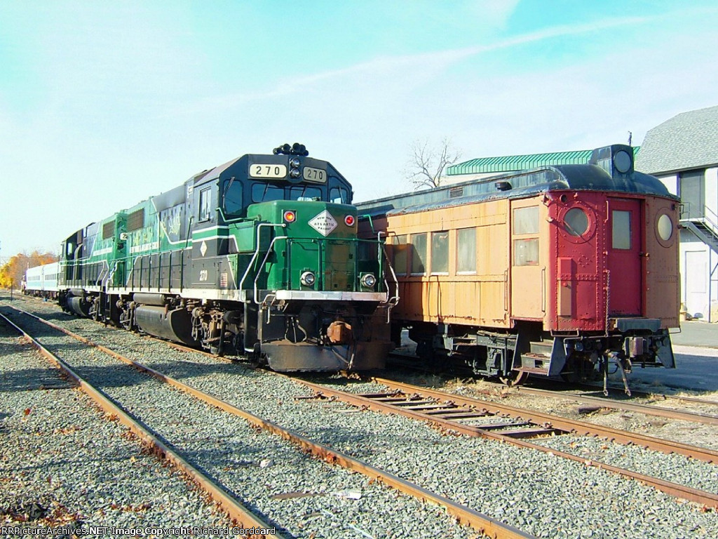 270 and an ex LIRR MP-54 combine