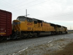 UP 5132 (SD70M) UP 4049 (SD70M)