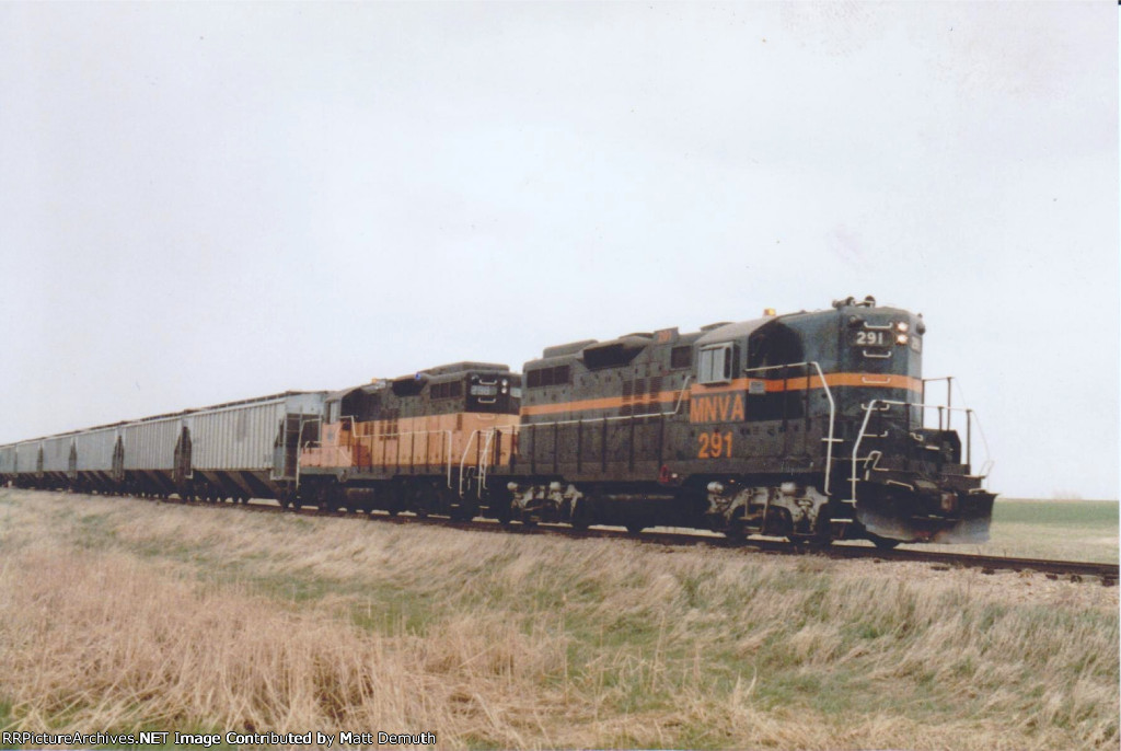 Buffalo Ridge grain train.