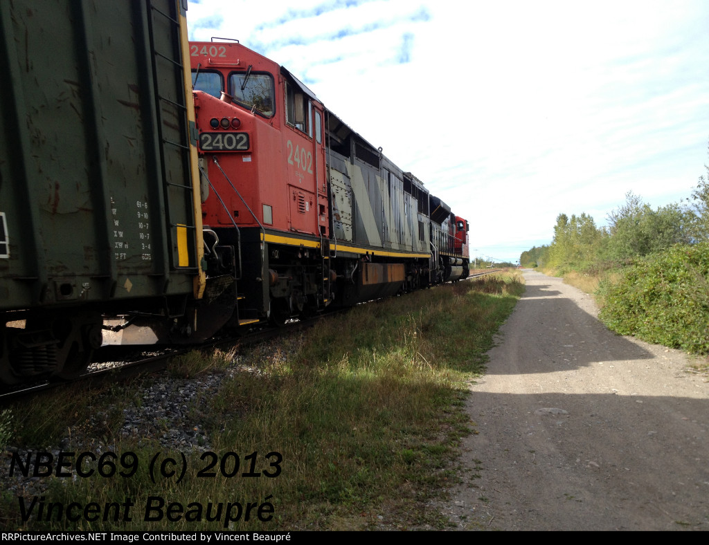CN 2402 on the 403 Westbound