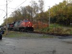 CN 2249 Leading the 403 West
