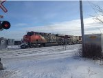 CN 2341 Leading the 402 East