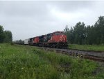 CN 2325 Leading the 306 East