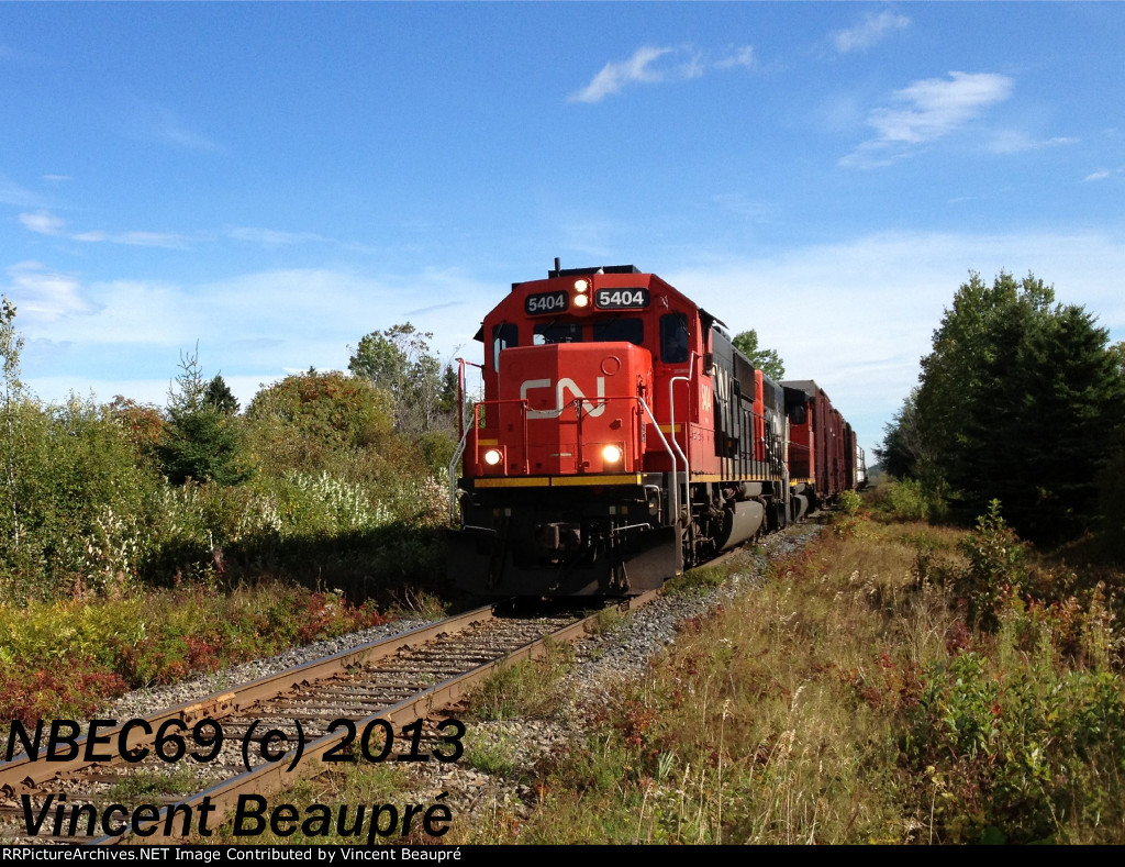CN 5404 on the 403 West