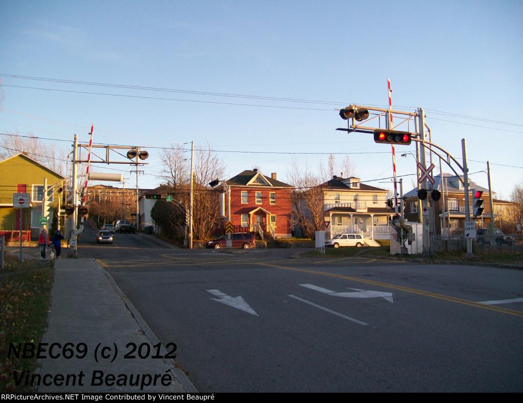 Crossing Milepost 123.26, Mont-Joli SUB.