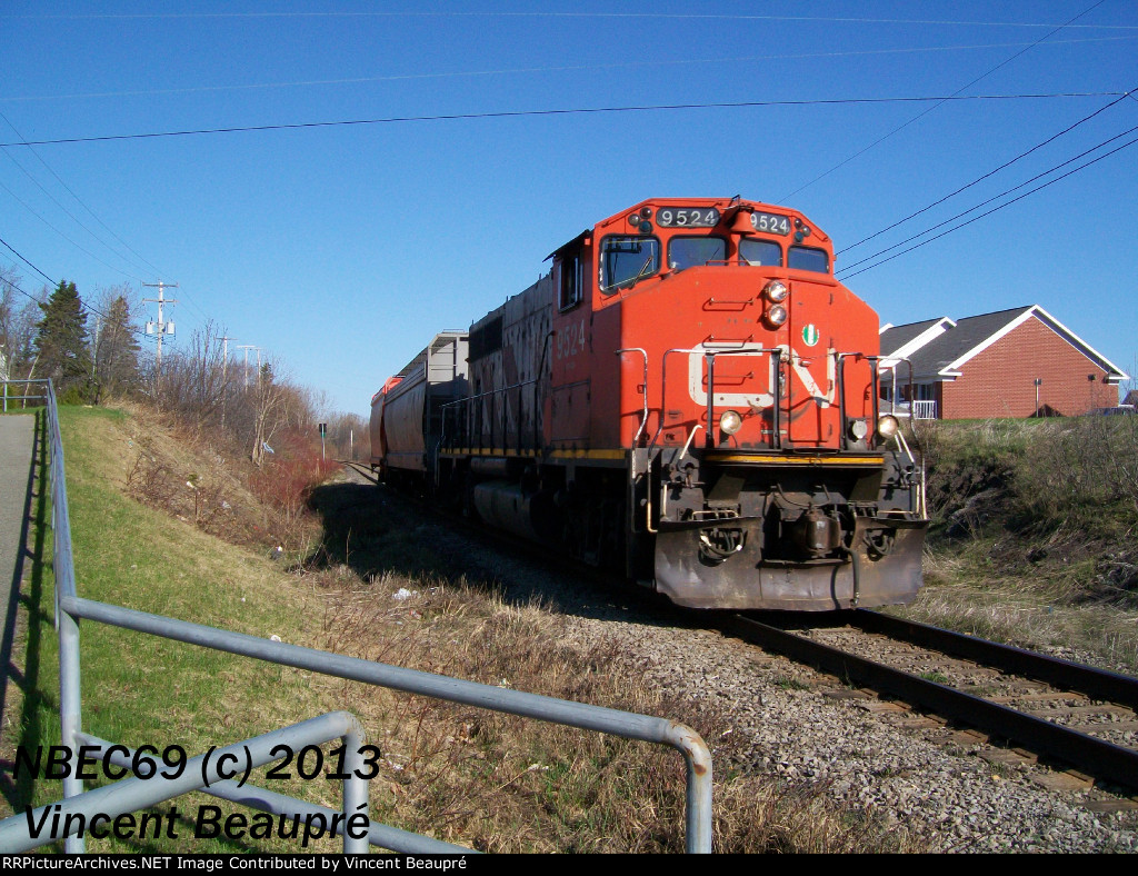 CN 9524 on the 559 East