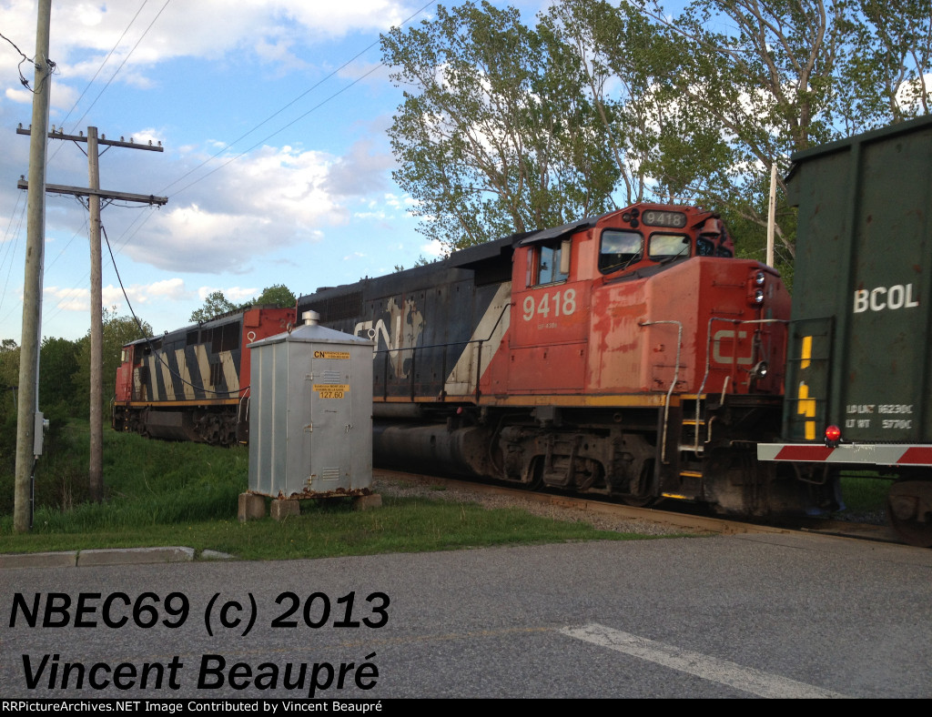 CN 9418 on the 402 East
