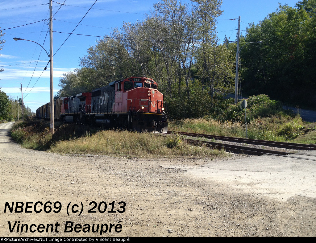CN 9551 on the 403 West