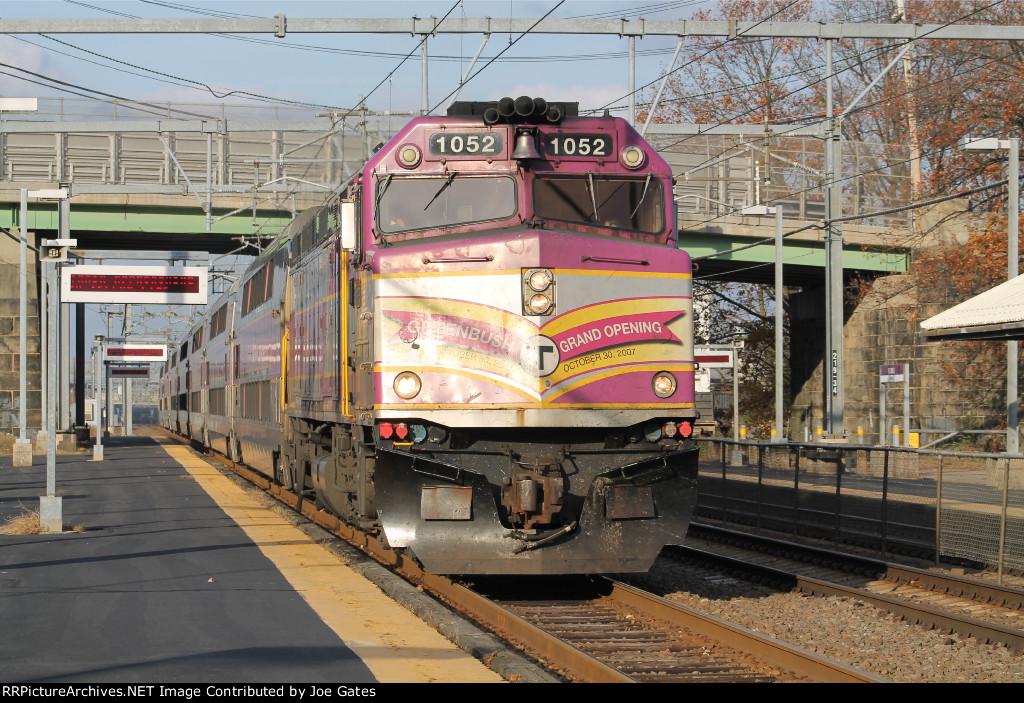 MBTA 1052