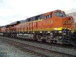 BNSF ES44C4 6906