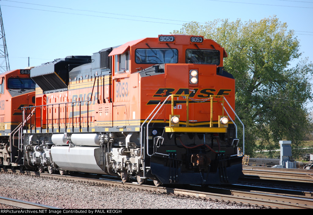 Up close shot of BNSF 9053.