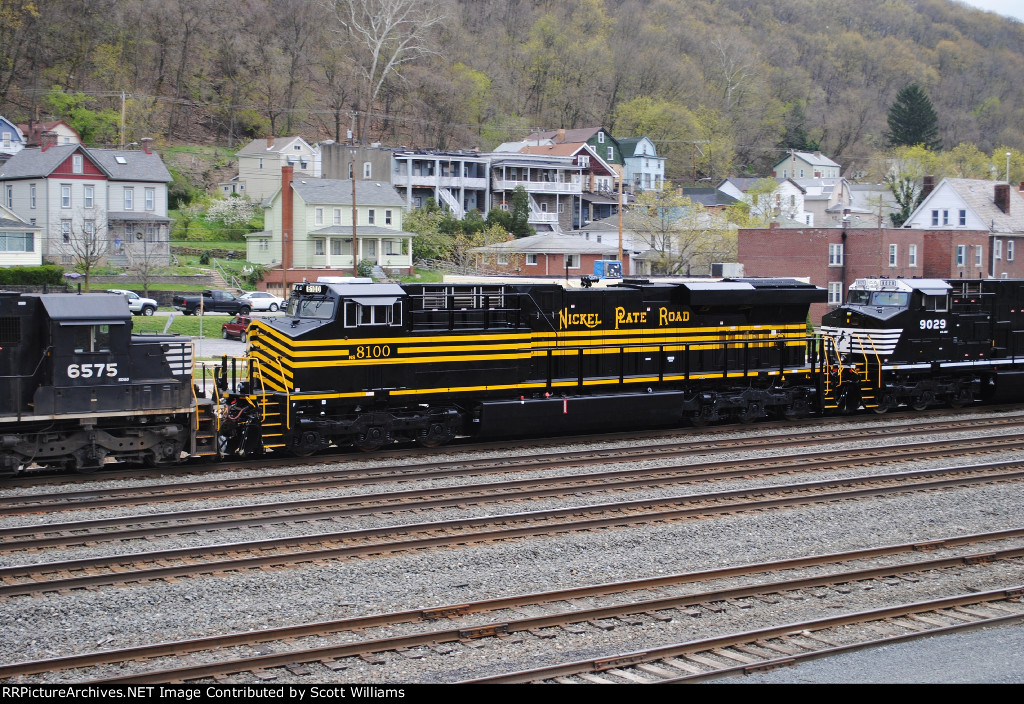 NS 11A with the Nickel Plate Road in Fresh Paint