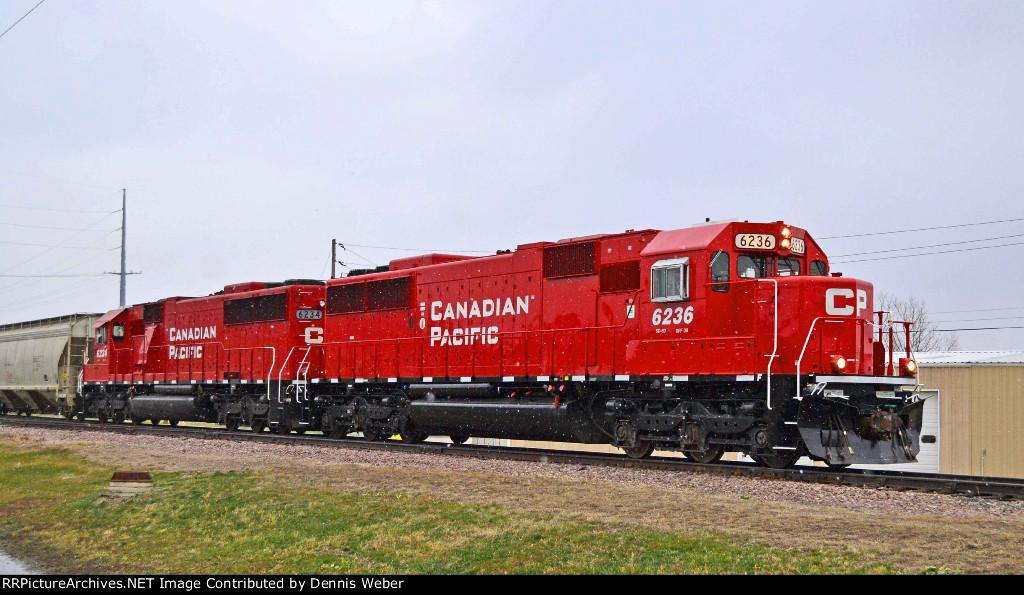 CP 6236,  ICE's  Marquette   Sub.