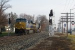 D801 rolls into the siding past the old and soon to be activated signals