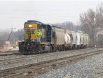 CSX 4036 leads D707-19 up the Old Even as it arrives at Wyoming Yard