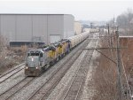 Past Godfrey, Z151 nears Wyoming Yard with a loaded grain train for CSX