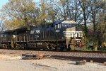 NS 3669 on 168 Westbound
